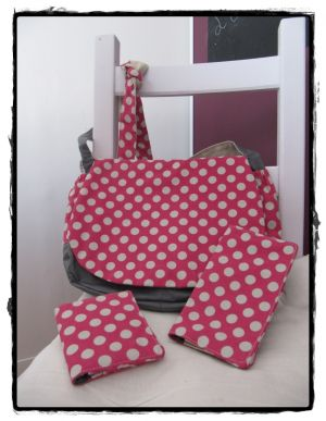 sac besace rose a pois