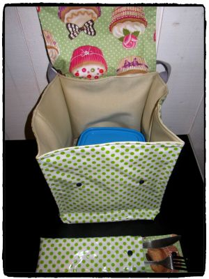 LUNCH BOX CUP CAKE 3